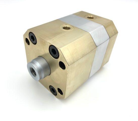 Mack custom short stroke cylinders
